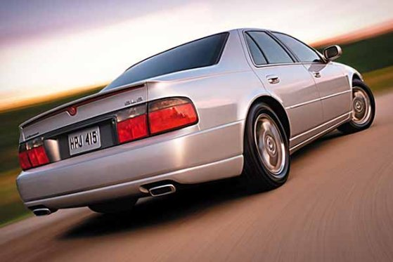 Cadillac STS Pictures